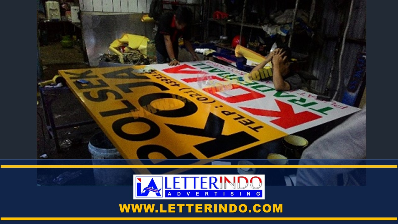 spesialis-jasa-papan-nama-signboard-sticker-cutting